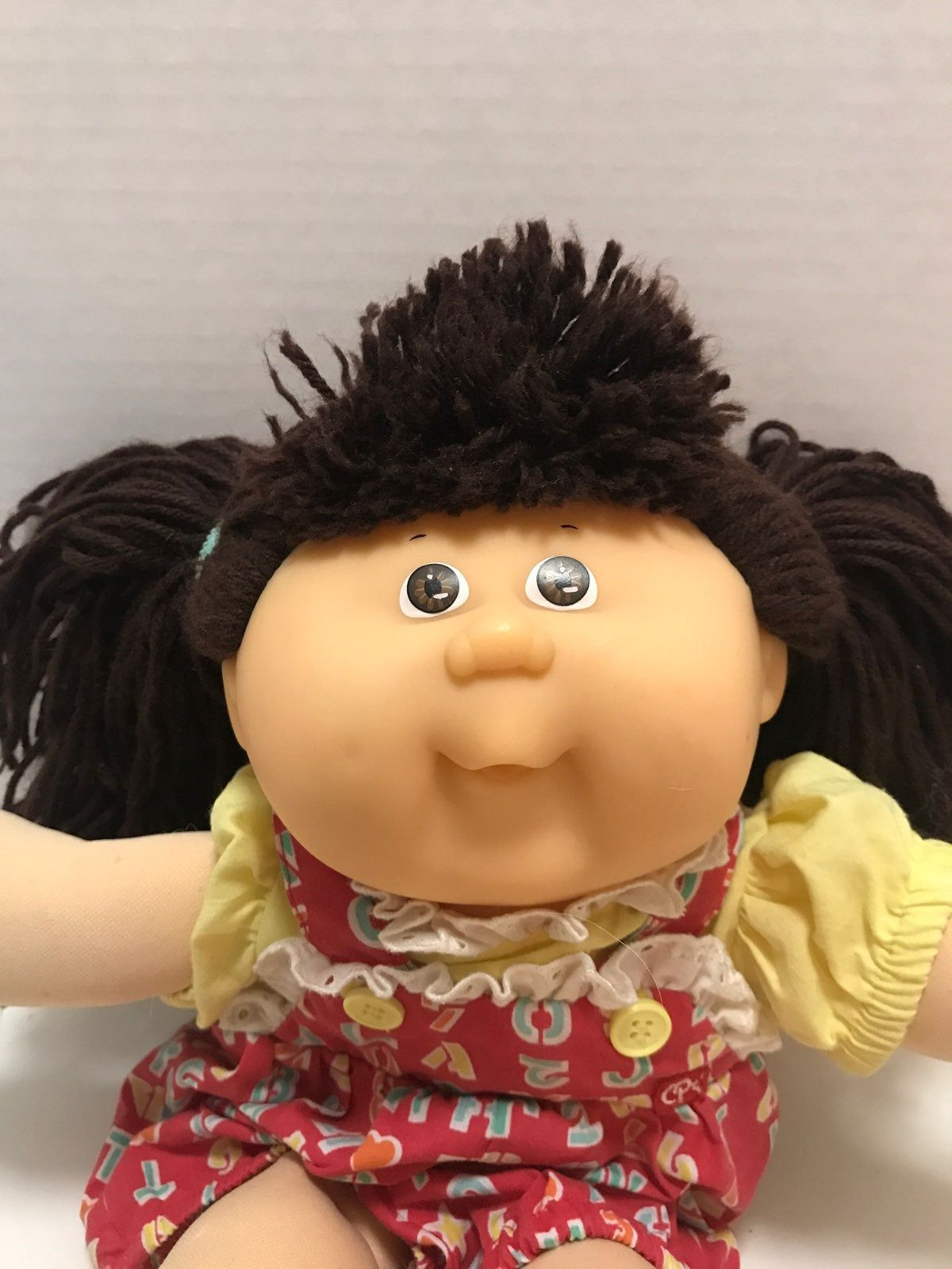 Cabbage Patch Doll 1982 1987 Xavier Roberts Signature Brown Hair Brown Eyes She Is 13 Tall Cabbage Patch Kids Dolls Cabbage Patch Dolls Cabbage Patch