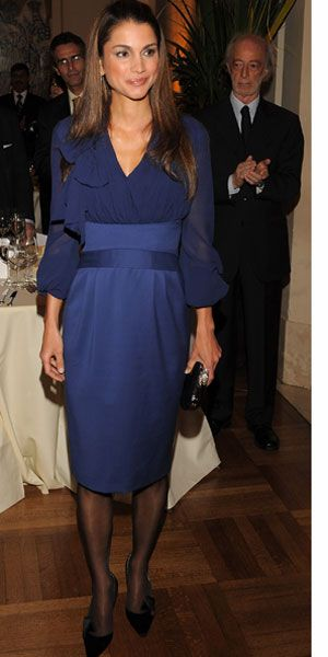 Rania in Argentina for official state visit, 2008. Rania is in Elie Saab.