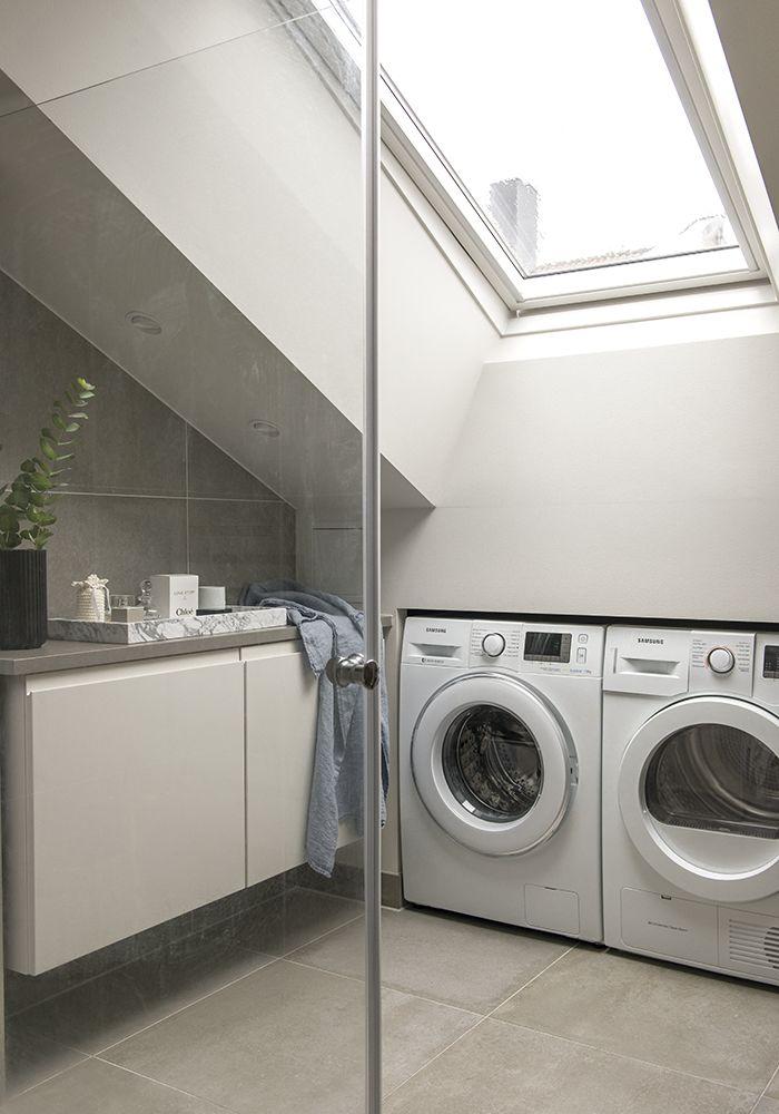 En smart løsning som utnytter liten plass og samtidig gir mye lys til rommet.