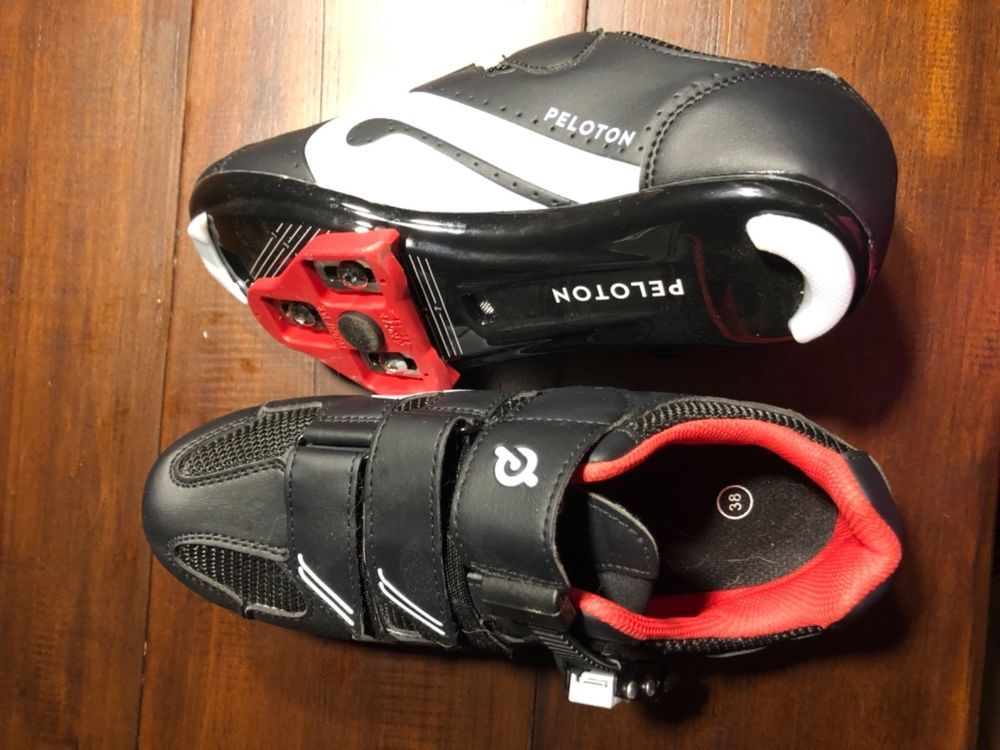 Can You Watch Tv On Peloton Peloton Bike Spinning Shoes Size 38 7 Gently Worn A Couple Times Fashion Clothing Shoes Accessories Womensshoes He Spin Shoes Women Shoes Peloton Bike