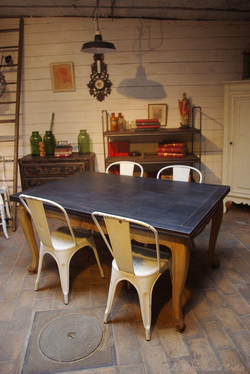 Table Louis Xv Repeinte Chaises Tolix Idées Déco Pour Salon - Salle a manger louis xv pour idees de deco de cuisine