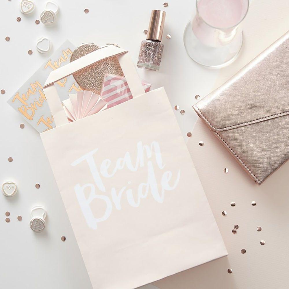 5 x TEAM BRIDE / BRIDE TO BE - HEN PARTY BAGS Hen Night Accessories ...