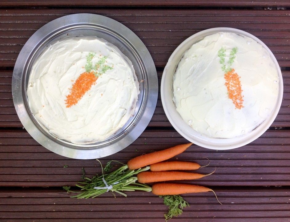 Karottenkuchen, Rüblikuchen oder Möhrenkuchen, ein raffiniertes Rezept aus der Kategorie Backen. Bewertungen: 417. Durchschnitt: Ø 4,7.