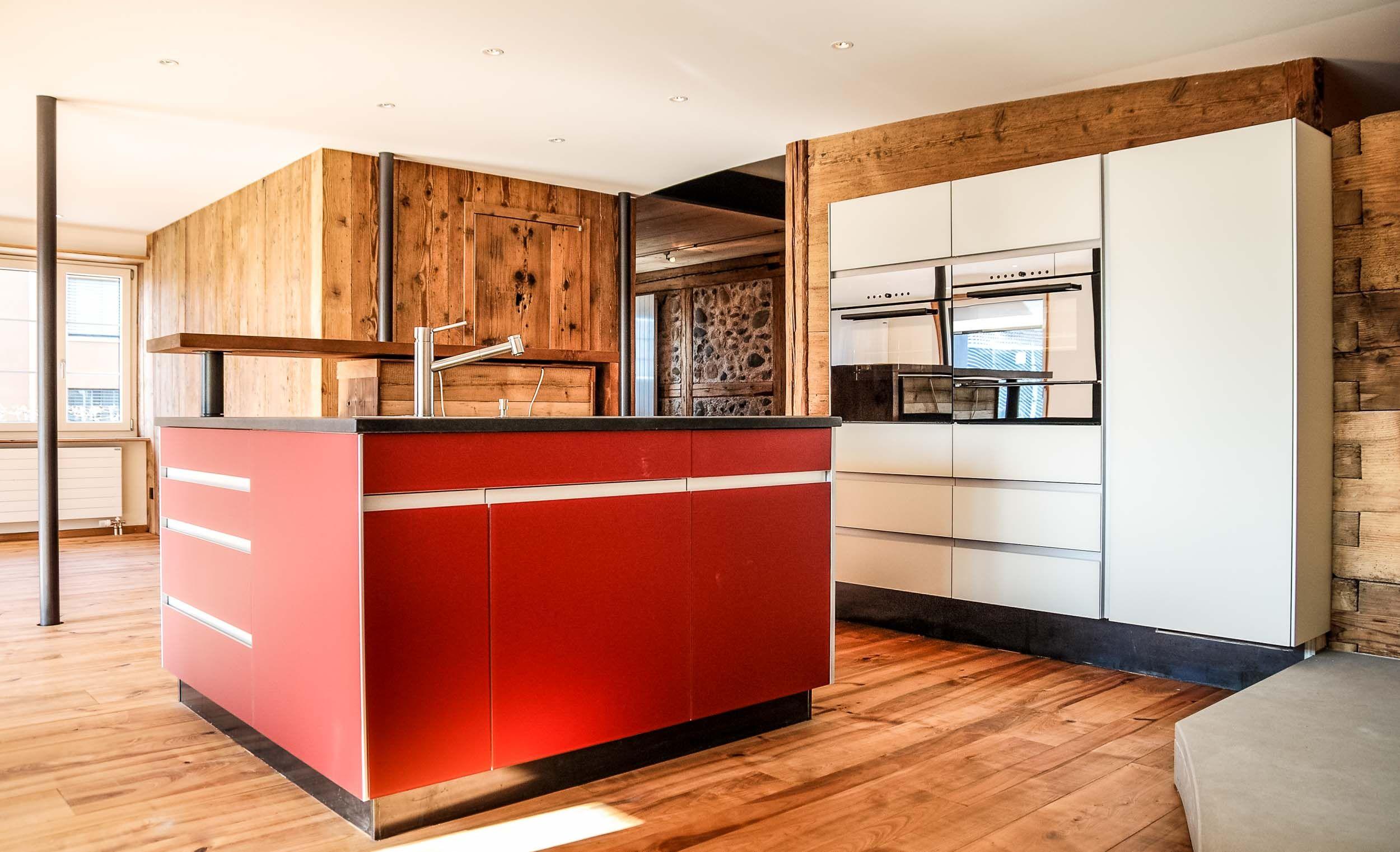 umbau bauernhaus uster gestaltung k che und einbettung. Black Bedroom Furniture Sets. Home Design Ideas