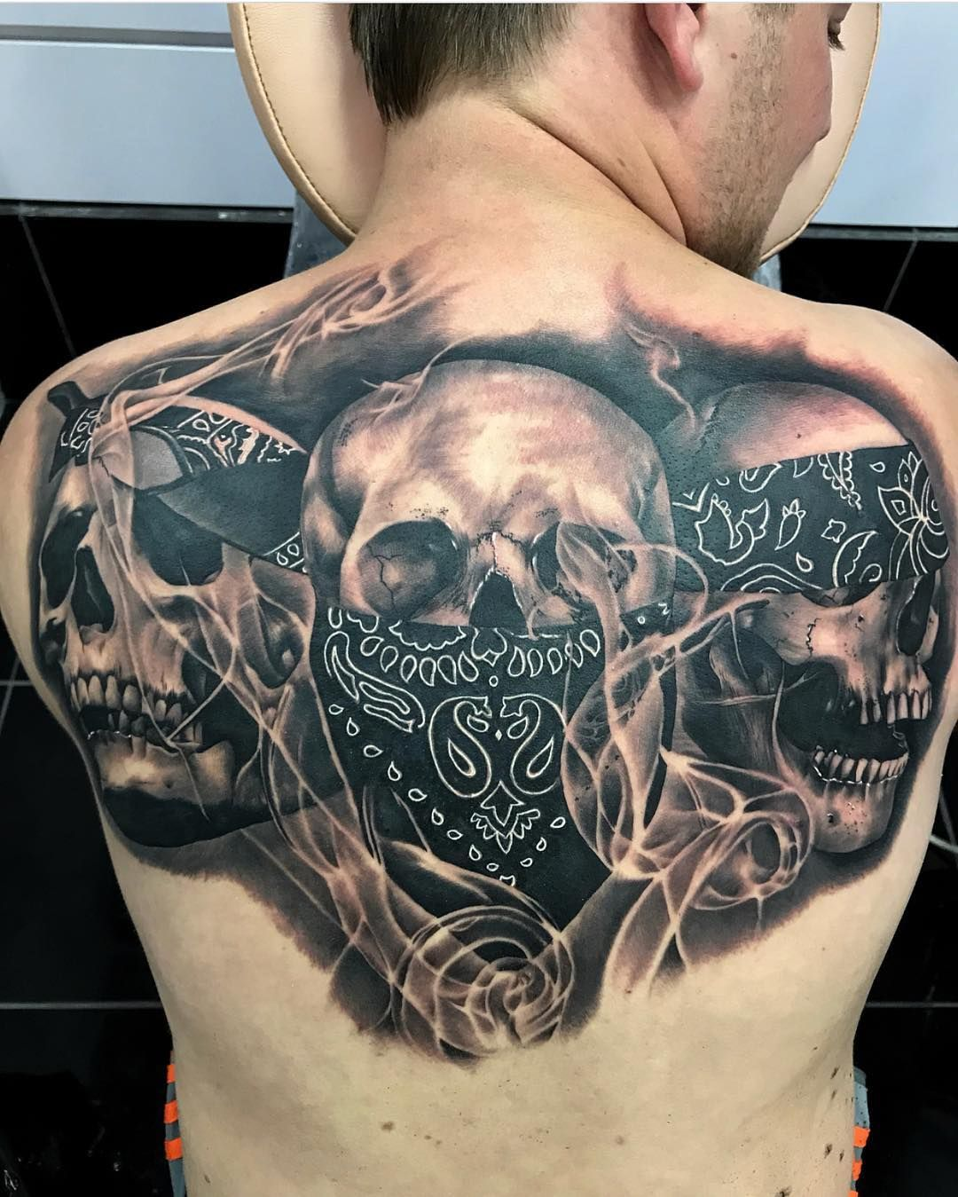 Motive männer rücken für tattoo Tattoo motive