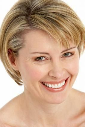 hairstyles for women over 50 with fine hair  choosing