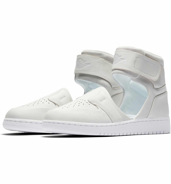 Nike Women's Air Jordan 1 Lover Xx Ankle Strap Sneaker Hmmvpic