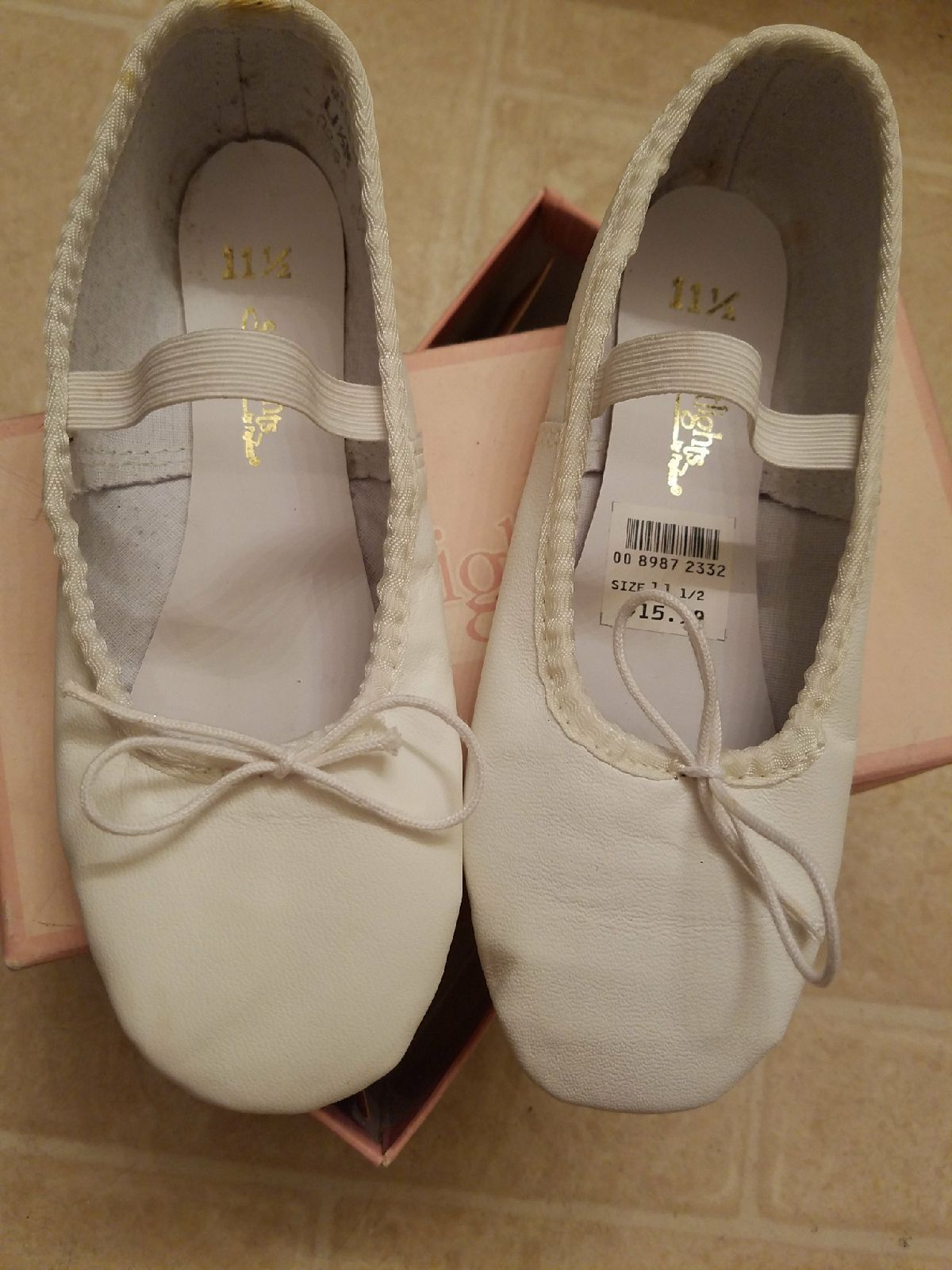 953585fb4151 NWB  New With Box Size  11.5 children s Brand  Spotlights by Payless Brand  New
