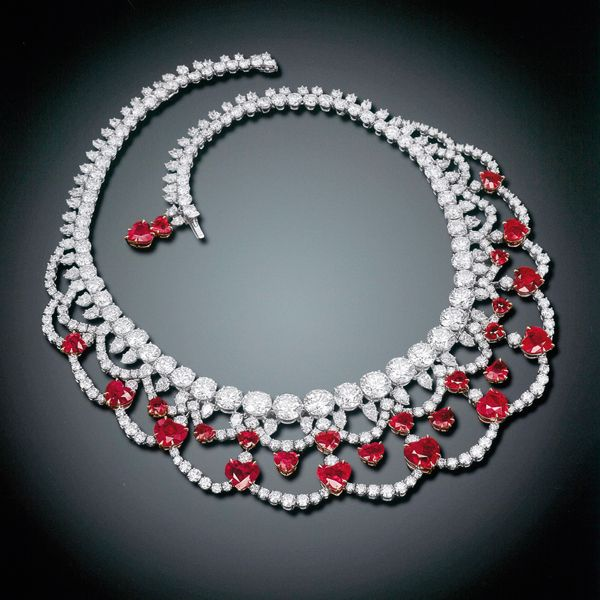 Magnificent ruby and diamond necklace harry winston for Harry winston jewelry pinterest