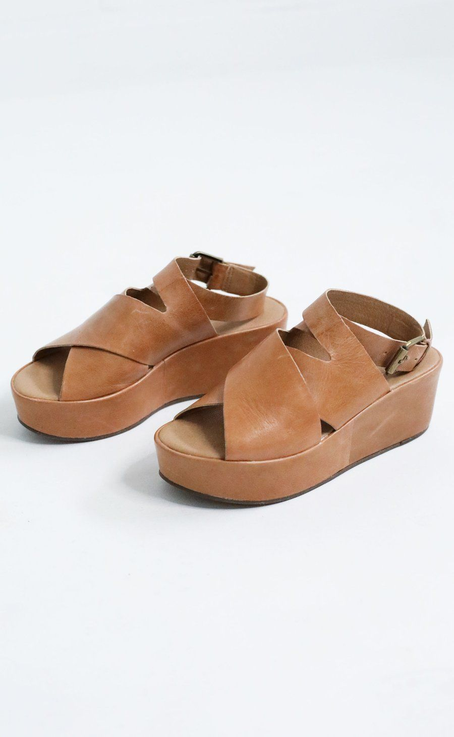 279681aedf9 Amuse Society x Matisse platform sandal. These are gonna be your new  favorite shoes ever