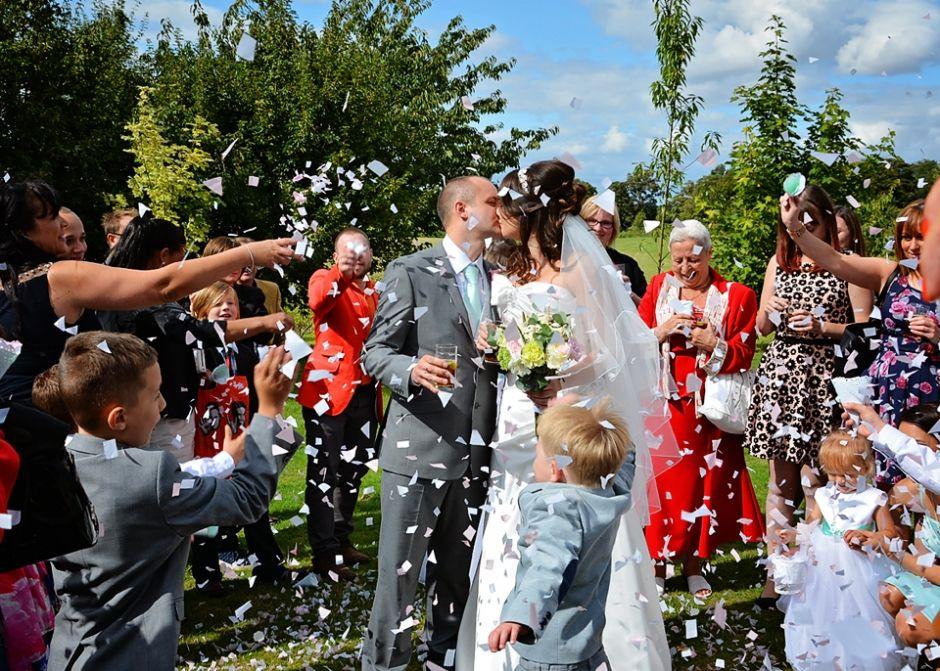 Confetti Www Lilyfernephotography Co Uk Bride And Groom Wedding Shots My Images Ur Inspiration Wedding Groom Wedding Bride