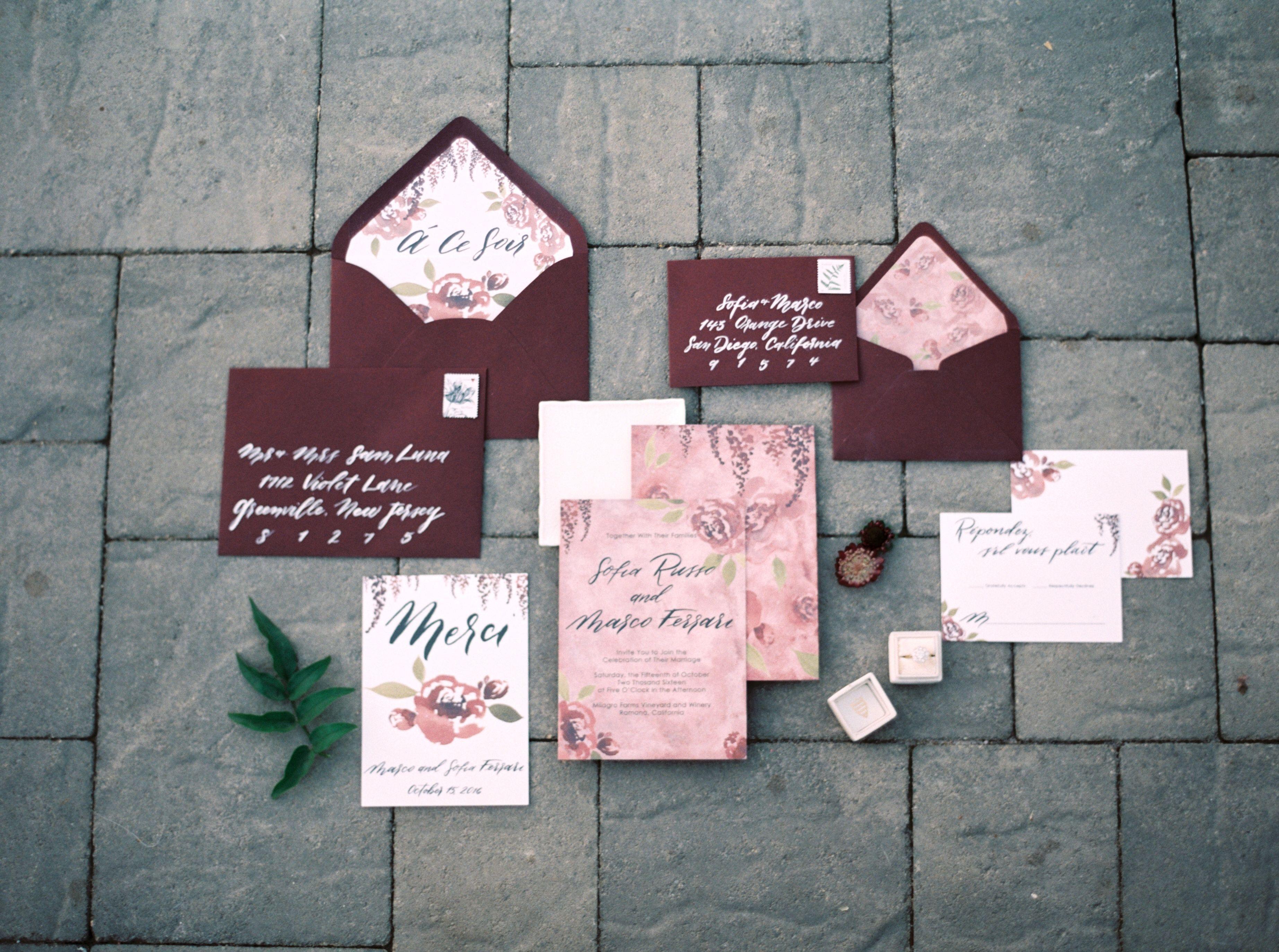 Maroon and blue wedding decor  GORGEOUS FRENCH WEDDING INSPIRATION  Deep maroon red marsala