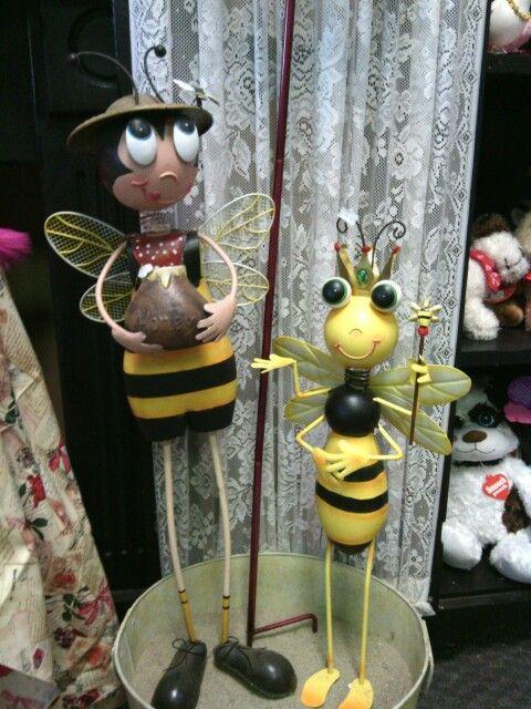 Bee metal yard bugs- Snapdragon's Floral & Gifts, Dayton, Wa. 509-382-2565