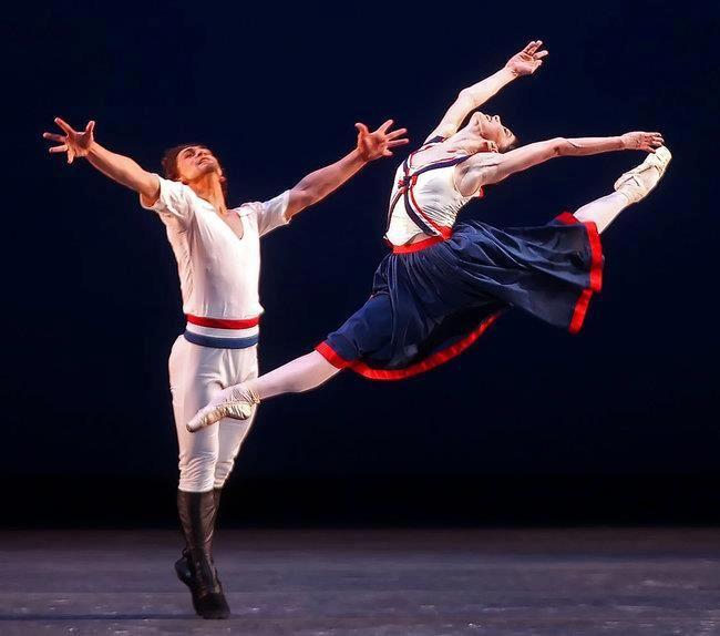 Resultado de imagem para Chamas de Paris ballet
