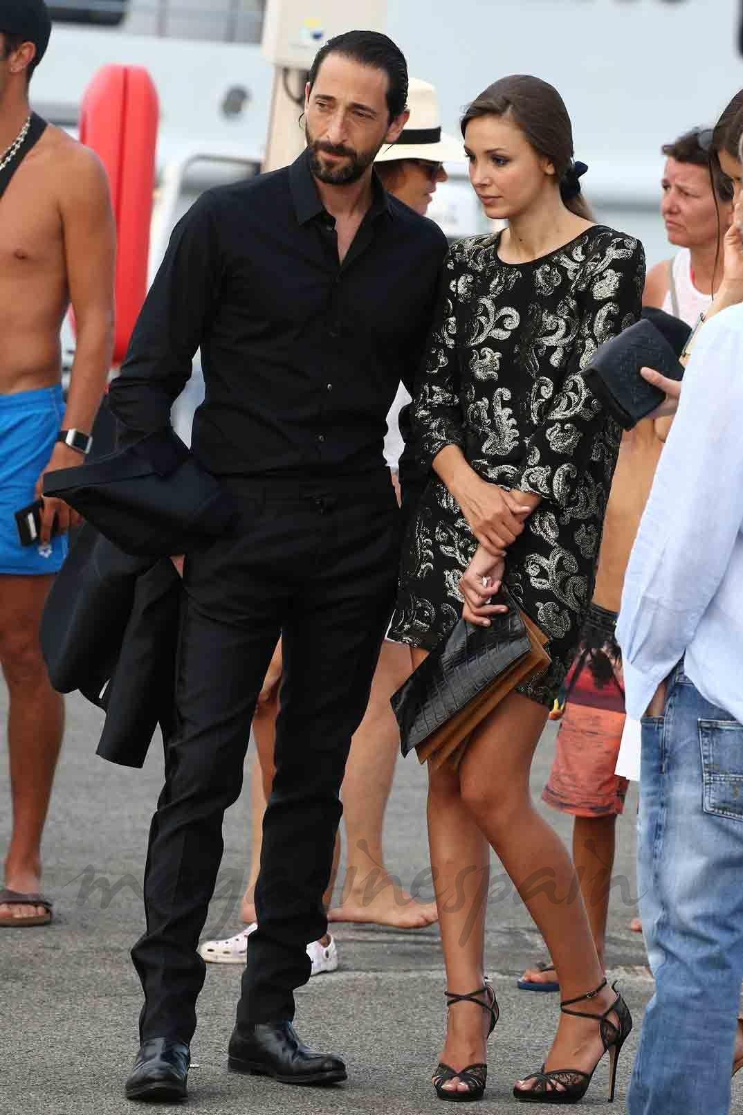 f1c1a92f7784a Adrien Brody y la modelo Lara Lieto