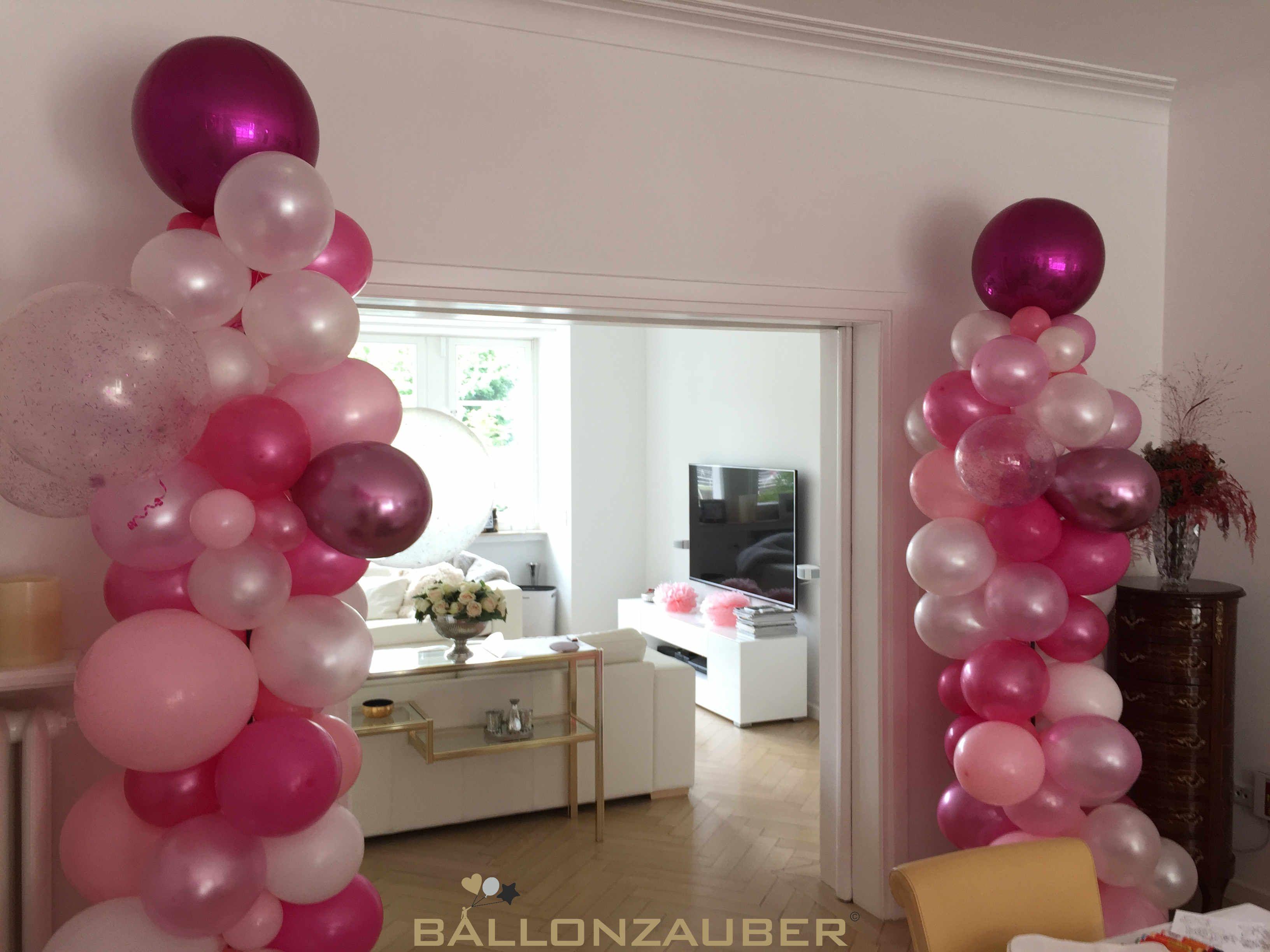 Baby Shower Diese Schonen Ballonsaulen In Den Farben Rosa Perlmutt Und Pink Wurden Organisch Aus Latexbal Ballondekorationen Ballon Dekoration Ballongirlande