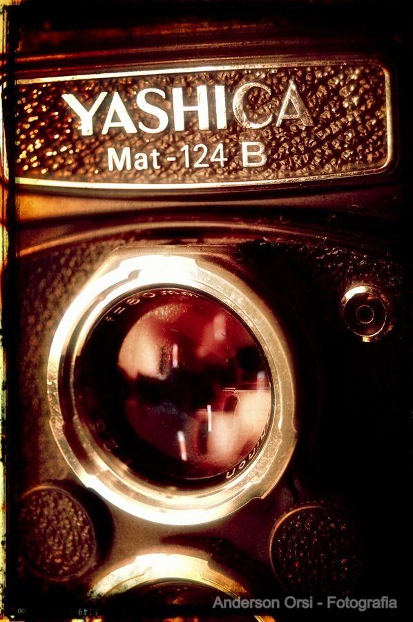 Yashika Mat - 124 B