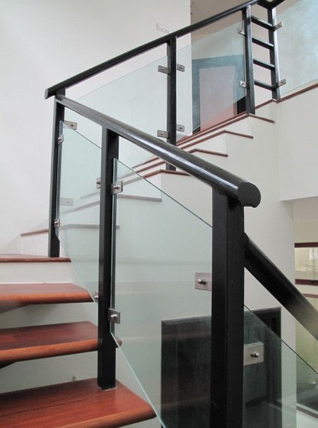 Railing Design With Glass   Blochausdesign