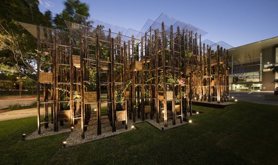 Bamboo ladders used to build pavilion at Sydney gallery