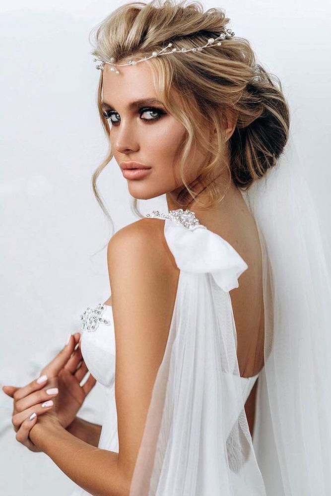 pretty swept- wedding hairstyles