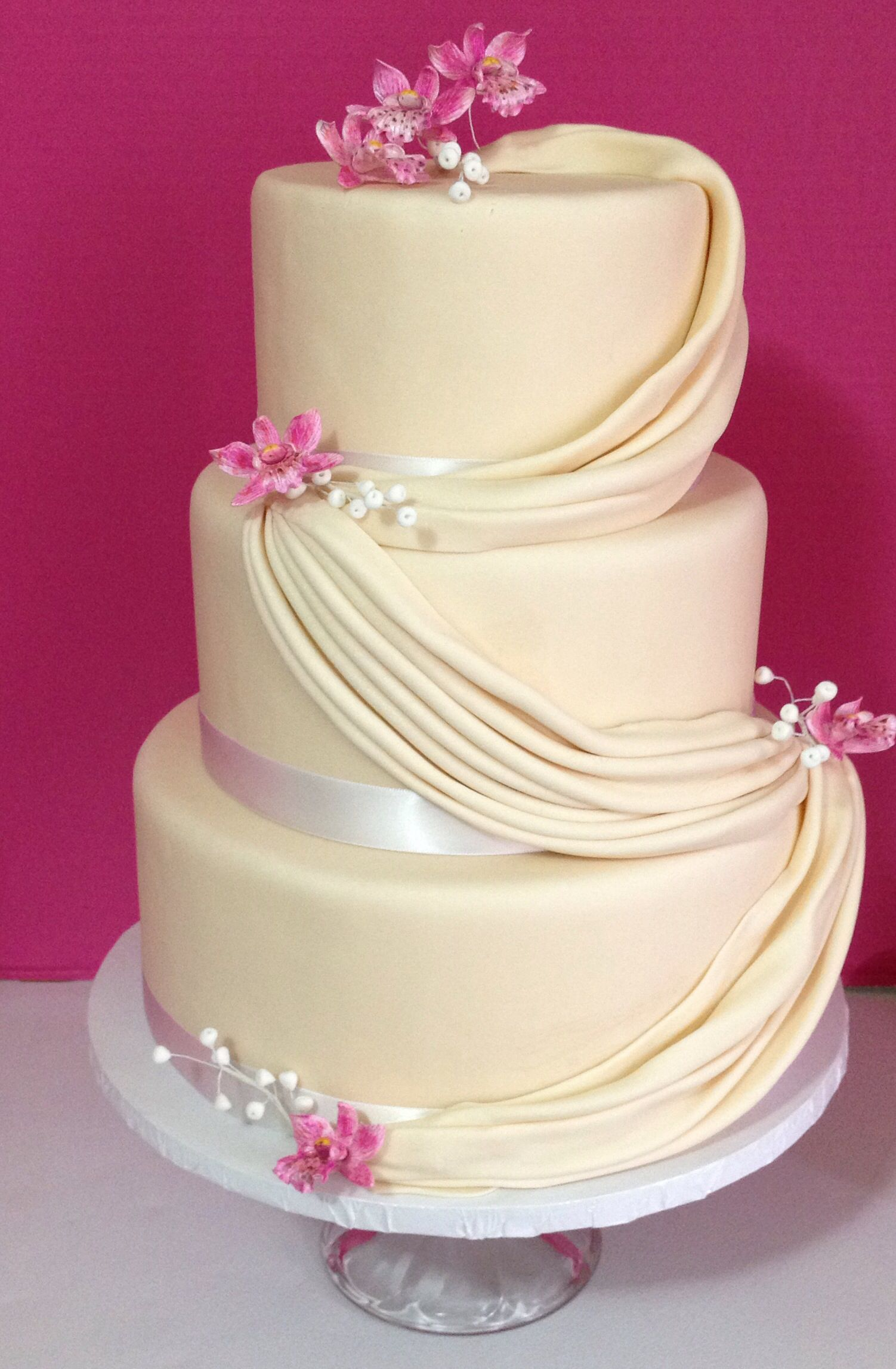 Simple but elegant line of wedding cakes | Cakes By Shara ...