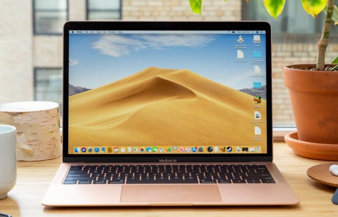 Best Macbook 2019 A Guide To Apple Laptops Laptop Mag Apple Laptop New Macbook Air Apple Macbook Air