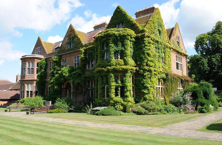 Horwood House Wedding Venue In Buckinghamshire Set 38 Acres Of Beautiful Countryside Provides