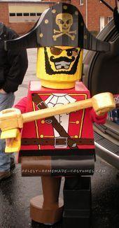 Preisgekröntes selbstgemachtes Lego-Minifiguren-Piratenkostüm für einen 6-jährigen Jungen - #6jährigen #einen #für #Jungen #LegoMinifigurenPiratenkostüm #Preisgekröntes #selbstgemachtes #diypiratecostumeforkids