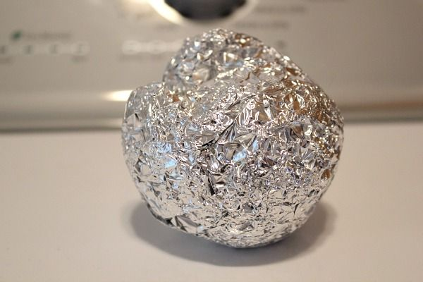 Use A Ball Of Foil Instead Of Dryer Sheets To Eliminate Static Aluminum Foil Hacks Dryer Sheets