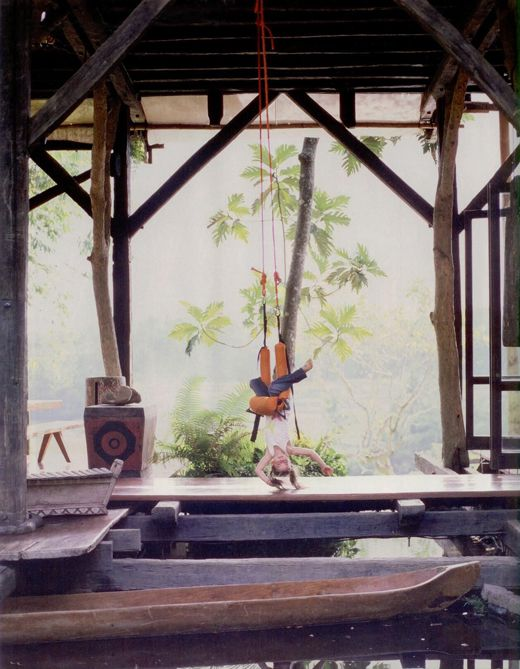 Treehouse tree houses pinterest for Traditionelles haus bali