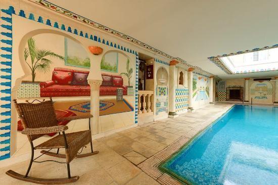 la piscine de la chambre d'hôte de l'amphore du berry de saint