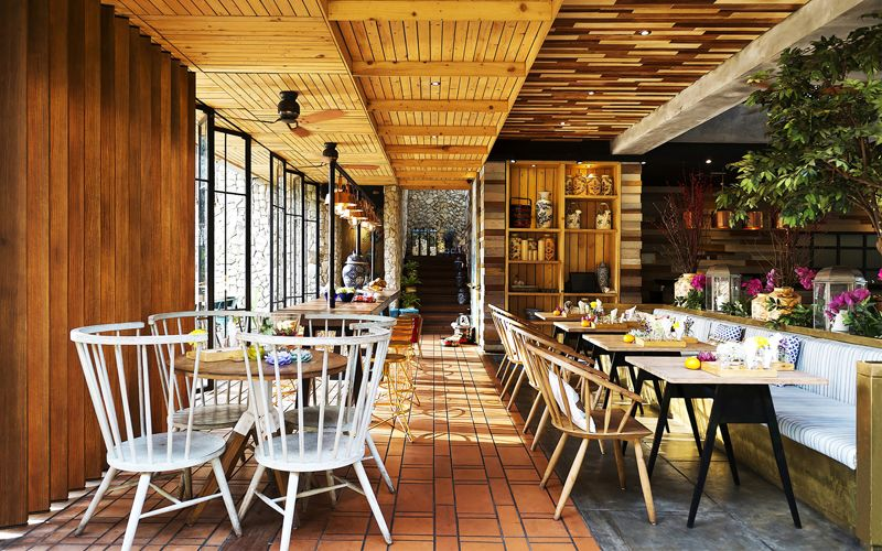 lemongrass a casual dining restaurant in bogor west java rh pinterest com