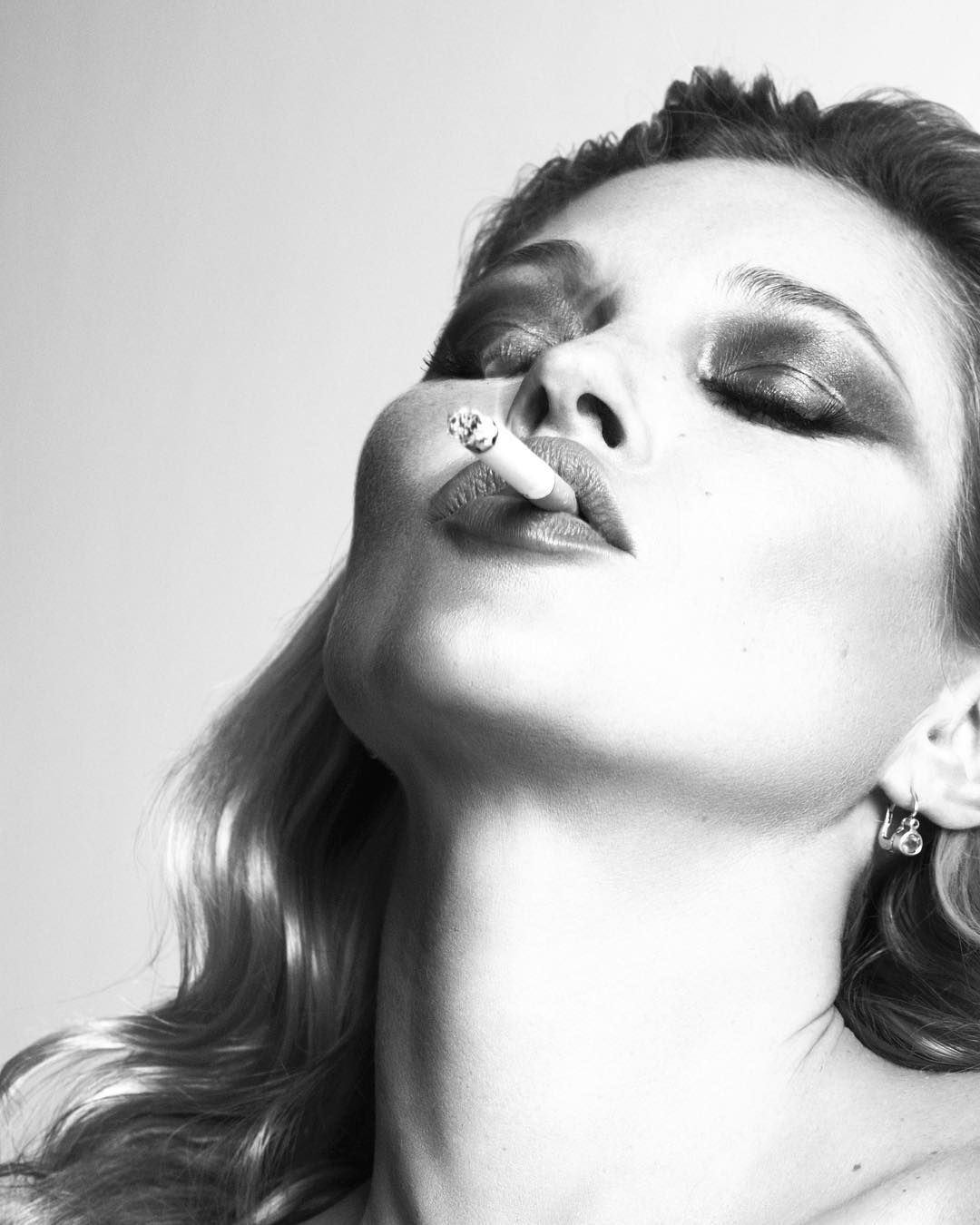 Photographybook Ideas: The Inimitable #KateMoss In 2009 @thelovemagazine Shot By