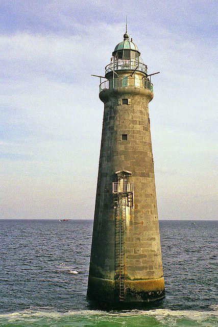 Minot's Ledge Lighthouse, Massachusetts by nelights, via Flickr