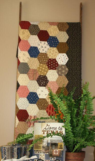 Afwerken Van Een Quilt.Afwerking Van Een Hexagon Quilt Handwerk Quilts