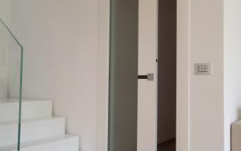 dettaglio di apertura porta scorrevole porte interne pinterest