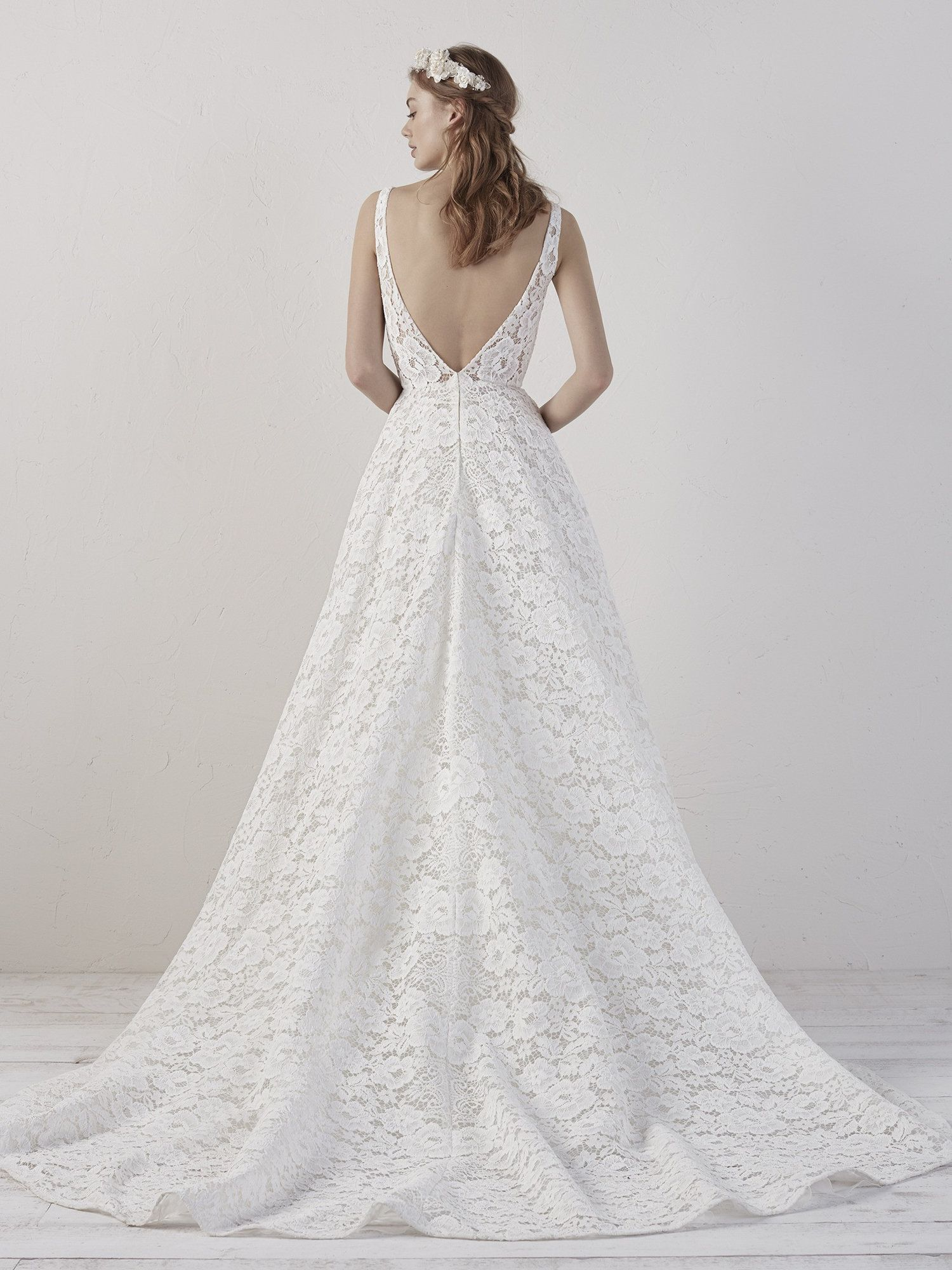Pronovias Indianapolis In Bridal Store Wedding Dresses Marie Gabriel Couture Wedding Dress With Pockets Pronovias Wedding Dress Designer Bridal Gowns