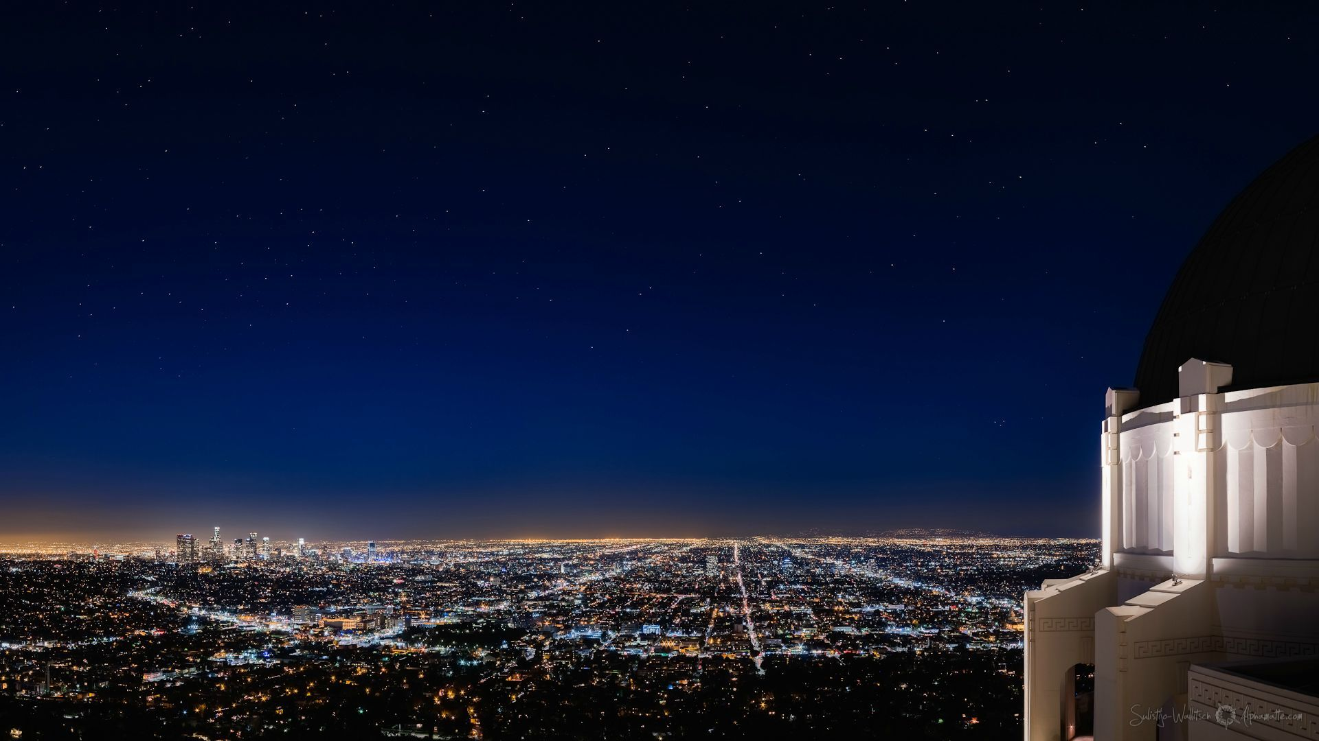 Griffith Observatory View Of Los Angeles Los Angeles Wallpaper Los Angeles Griffith Observatory