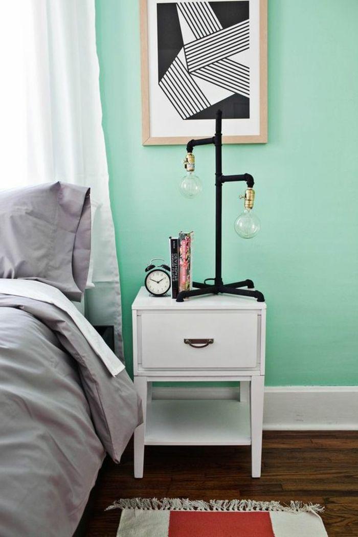 deco chambre vert d eau, mur couleur verte, linge de lit gris et ...
