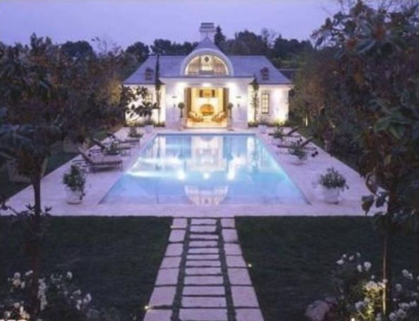 Michael Jackson House | Michael Jackson'S Home In Bel Air