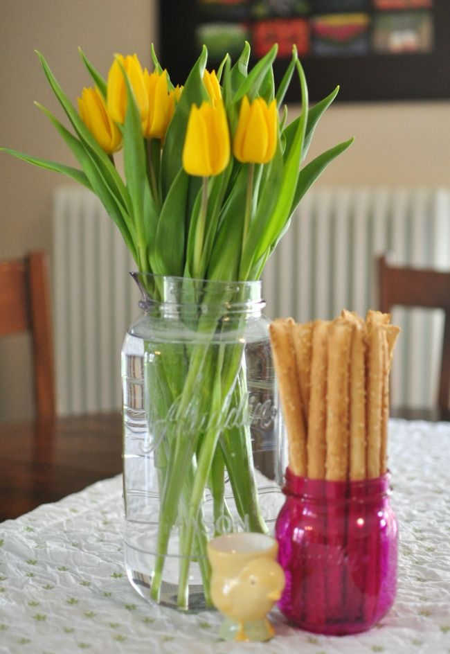 Simple Spring Entertaining - Mom's Morning Out Brunch #AladdinParty