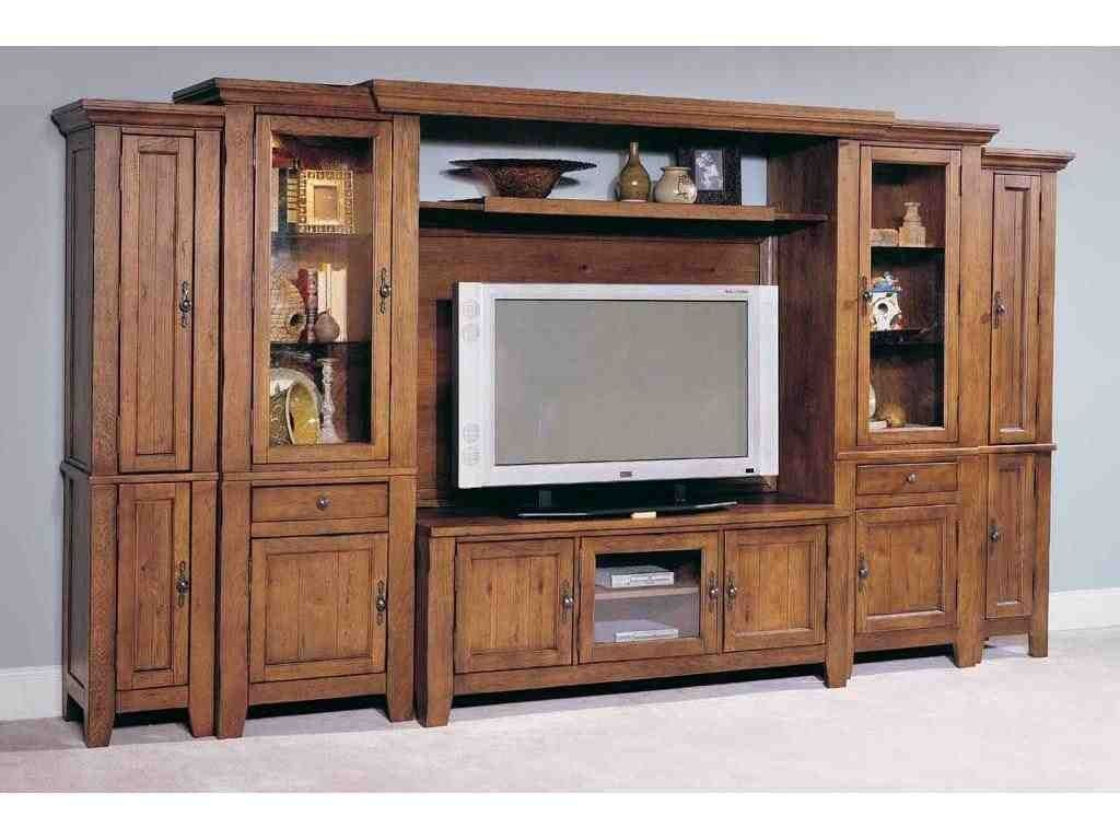 Broyhill attic heirlooms entertainment center ❤️