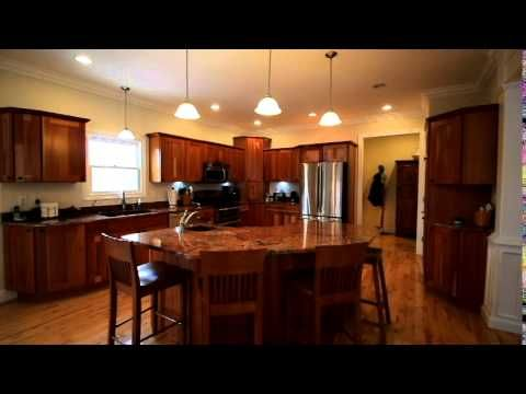2296 Deer Ridge Ct Carlock Il For Sale Waterfront Home Features 4 16 Acres Of Wooded Land And Overlooks 8 Acre Lake M Heart Of America Living Spaces Home