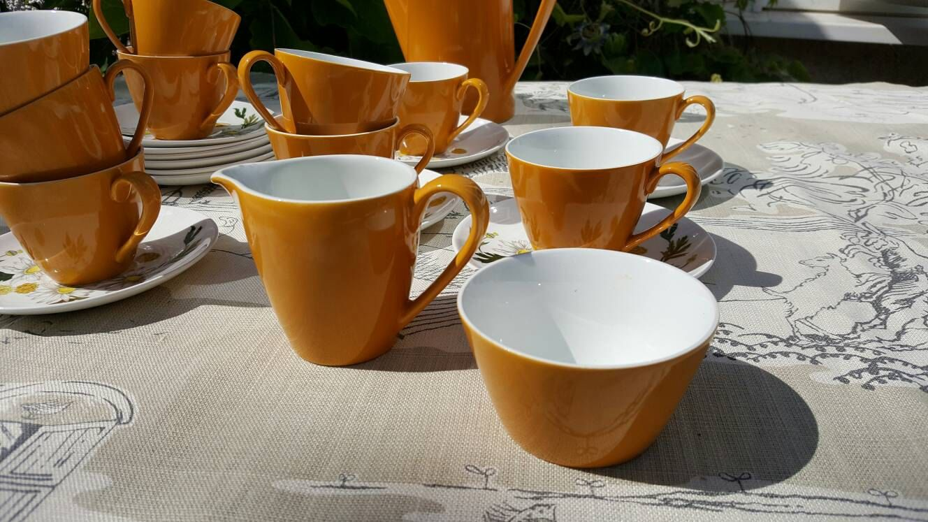 Yellow sugar bowls with lids - Mustard Yellow Sugar Bowl And Milk Jug Snow White Range By Johnson Brothers Retro Design Coffee Set 1950s