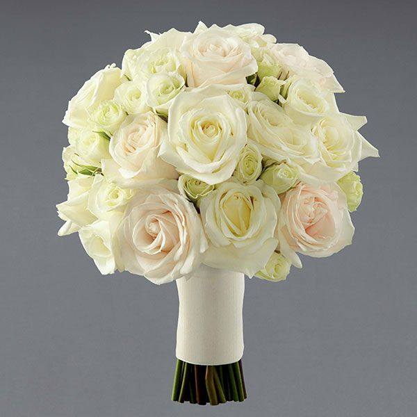 Bouquet With White And Peach Roses Spray 109 99 First Look Vera