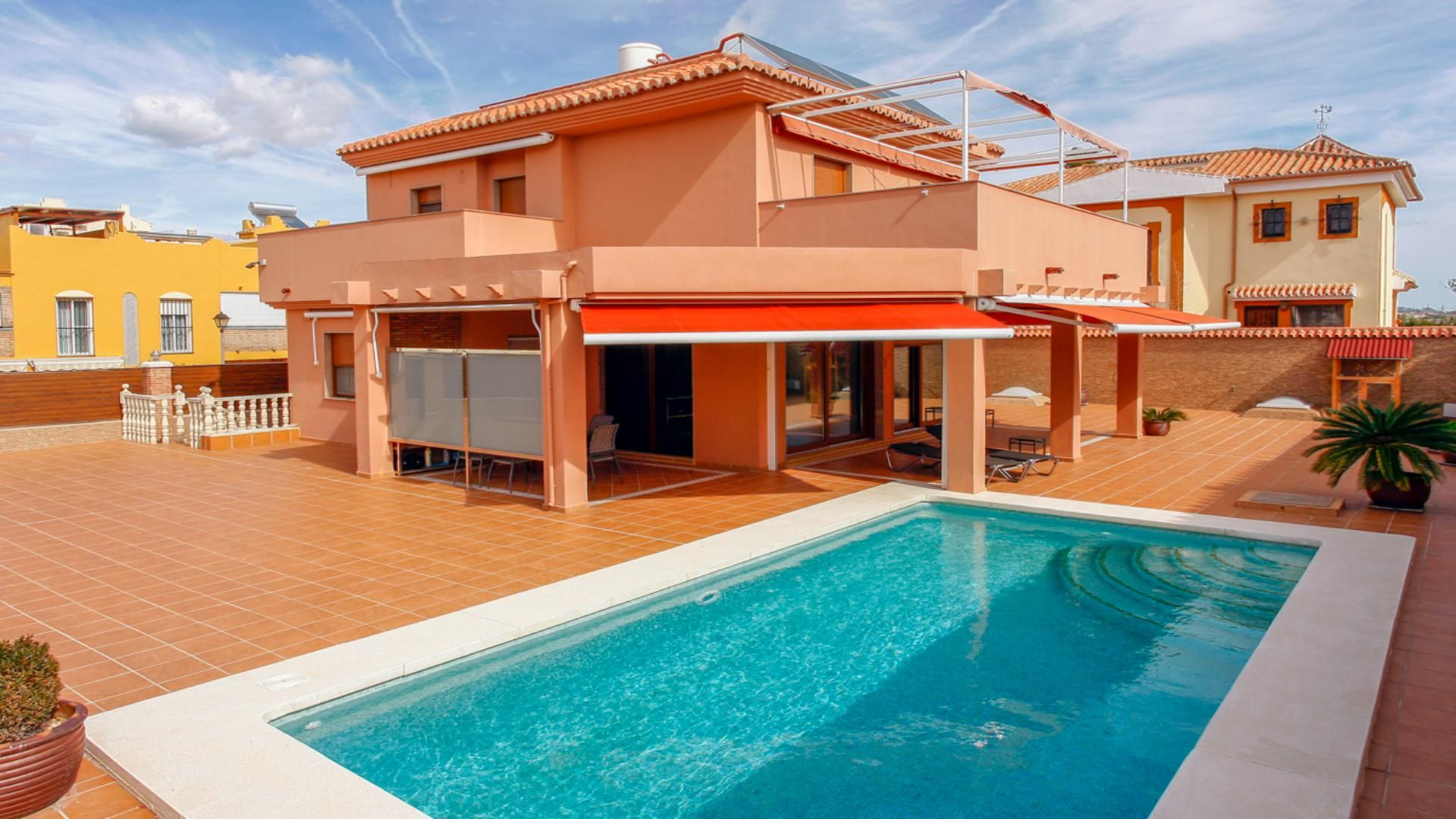 Luxury detached villa in El Tomillar in Torre del Mar