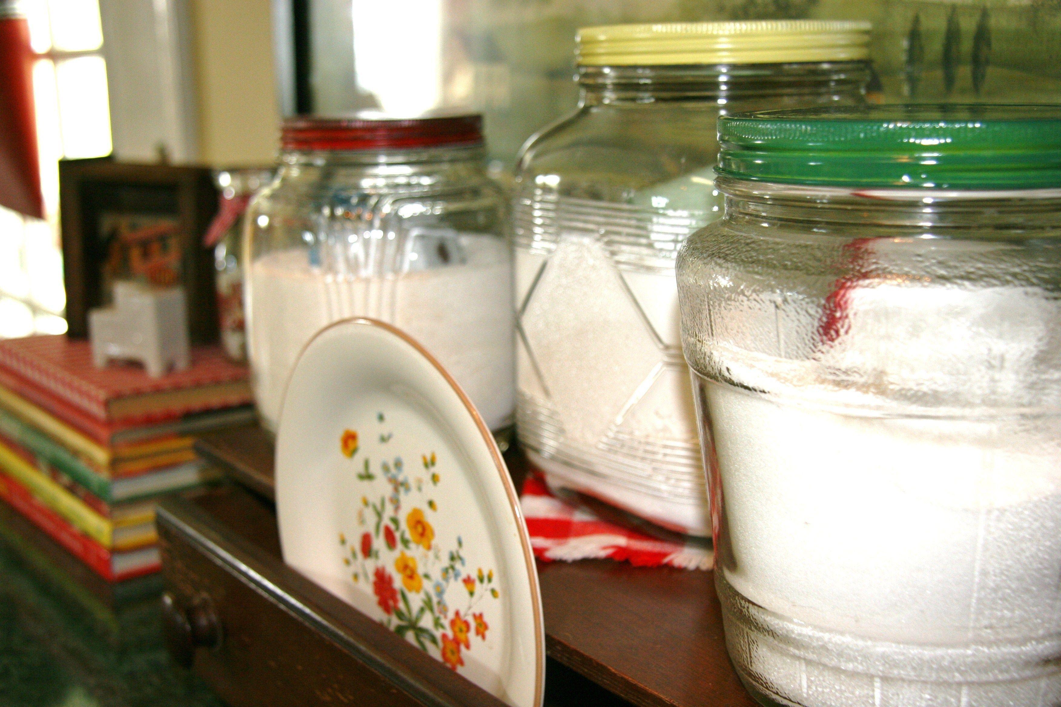 Superieur Vintage Jars, Vintage Kitchen, Glovebox