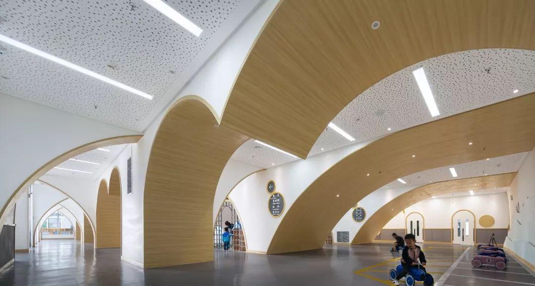 拱廊下的童话世界 宝鸡伊顿ka儿童之家 西安迪卡幼儿园设计中心