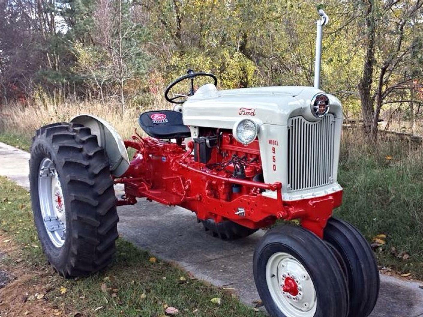 Ford 950 Ford Tractors Tractors Antique Tractors
