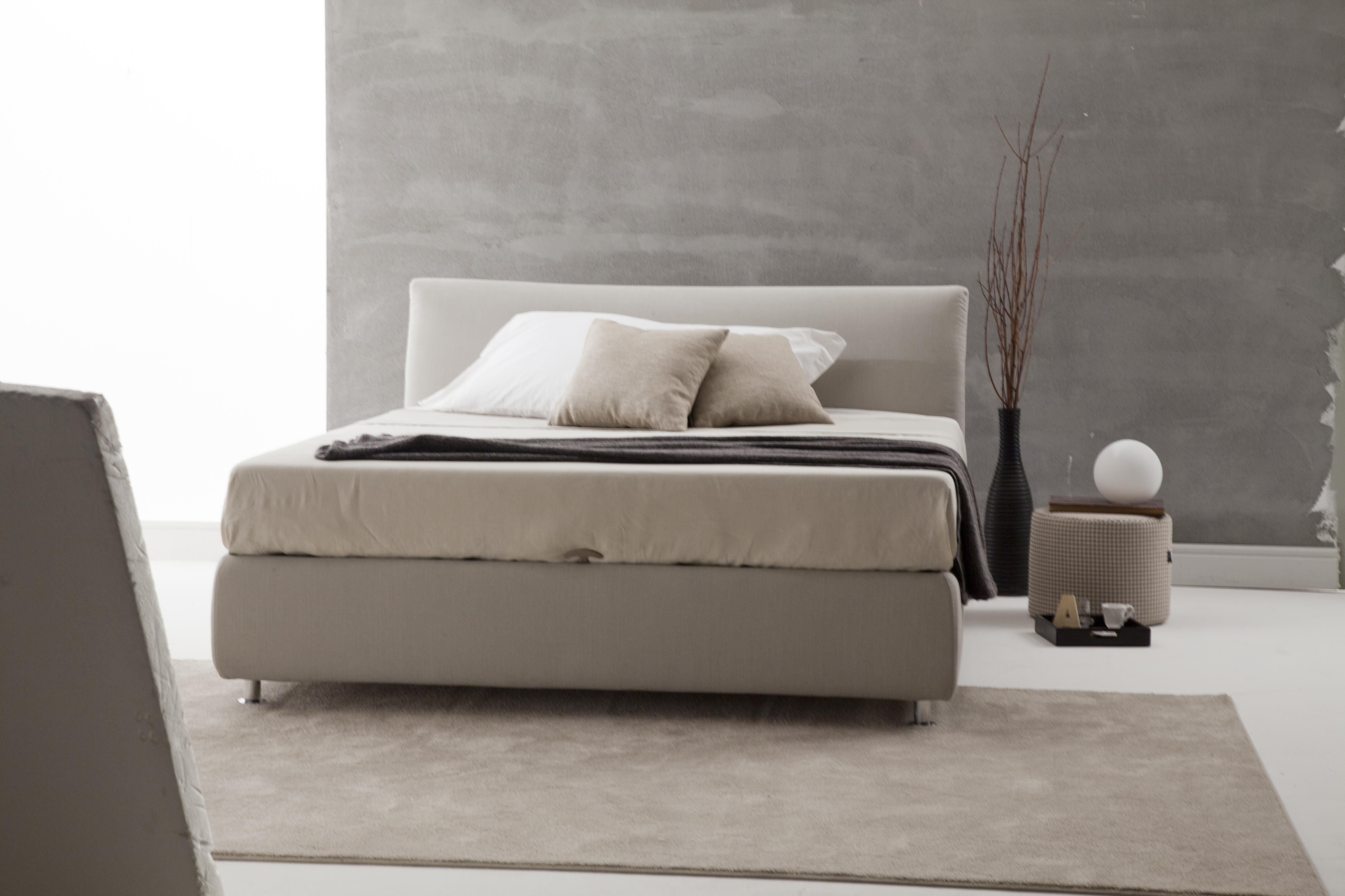Letto contenitore in tessuto sfoderabile letto for Letto contenitore design
